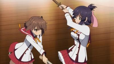 Жрицы с мечами